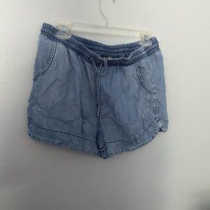 Universal Thread flowy chambray shorts M